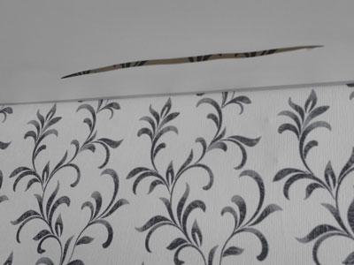 Ремонт порезов натяжного потолка